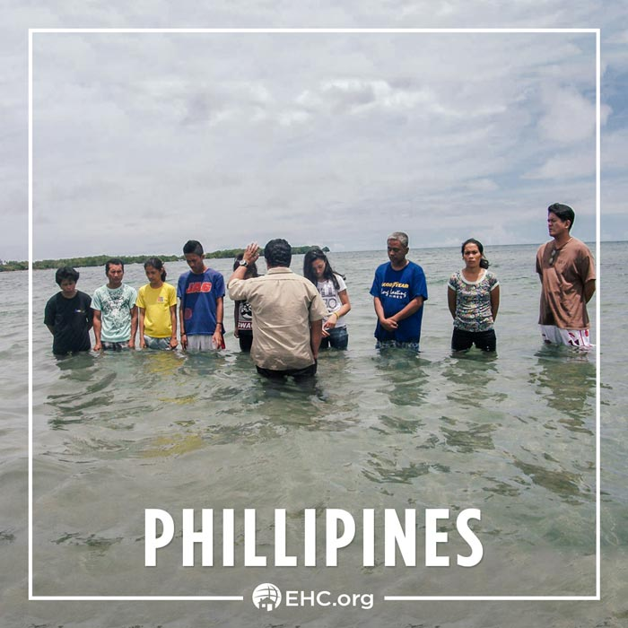 Every Home for Christ | Baptism in the Phillipines